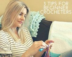 Melanie Ham has created this tutorial page so you can find her projects quickly and easily! Whether it's crochet, quilting or DIY there's a project for you! Crochet Bag Tutorials, Crochet For Beginners, Crochet Projects, Crochet Ideas, Granny Square Tutorial, Granny Square Bag, Learn To Crochet, Crochet For Kids, Zip Pouch Tutorial