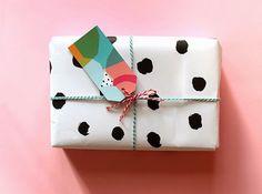 13 Creativos DIY para envolver regalos infantiles / 13 Creative wrapping gift DIY's