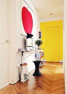 yellow door, georgous floor, red apple print!