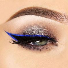 If you apply winged eyeliner in the right way, it can define your eyes   and make you appear prettier. But how to do that, you might wonder. Read   our post where you can find eyeliner application hacks for every eye   shape. Once you learn that, you will apply eyeliner in the most   flattering way. #makeup #makeuplover #makeupjunkie #wingedeyeliner #eyeliner #HowToCleanMakeupBrushes Winged Eyeliner Stencil, Best Winged Eyeliner, Winged Eyeliner Tutorial, How To Apply Eyeliner, Winged Liner, Eyeliner Designs, Eyeliner Styles, Rosa Eyeliner, Vestidos