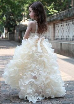 When planning your wedding, picking the right wedding dresses for the bride, bridesmaid and flower girls is one of the most important step. To help you find just the suitable wedding dresses and gown, we have put toge. Ivory Flower Girl Dresses, Little Girl Dresses, Girls Dresses, Flower Girls, Summer Dresses, Princess Flower, Princess Girl, Birthday Dresses, Pageant Dresses