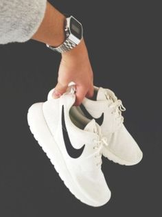 custom roshe runs