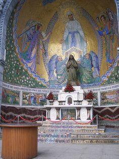 St Bernadette, Lourdes: alter detail