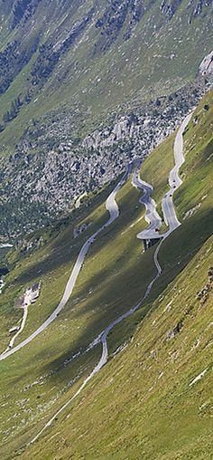 Furka pass, enough hairpins to make you a whirling Beautiful Roads, Beautiful Landscapes, Beautiful Places, Places To Travel, Travel Destinations, Places To Visit, Dangerous Roads, Winding Road, Grand Tour