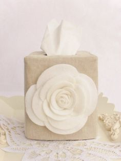 White rose natural linen tissue box cover by headtotoe2009 on Etsy, $29.00