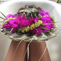 aloha // hibiscus // tropical flowers // haku lei // Bougainvillea // papale     #Regram via @ocean_dreamerr
