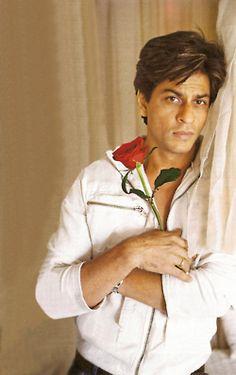 Shahrukh Khan #Bollywood-holding my favorite flower.