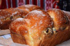 Cozonacul bunicii   In bucataria Cameliei Romanian Food, Romanian Recipes, Dessert Recipes, Desserts, Sweet Bread, I Foods, Cake Decorating, Bakery, Good Food