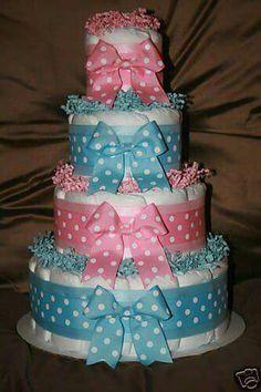 Baby Shower Diaper Cake Twin Diaper Cake, Nappy Cakes, Diaper Cakes For Boys, Pamper Cake, Baby Shower Gender Reveal, Diy Diapers, Baby Shower Diapers, Baby Shower Cakes, Baby Shower Parties