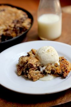 Savor Home: CHOCOLATE CHIP PEANUT BUTTER OATMEAL SKILLET COOKIE