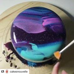 Savory cakes without measuring - Clean Eating Snacks Cl Birthday, Beautiful Cakes, Amazing Cakes, Galaxy Desserts, Mirror Glaze Cake, Mirror Glaze Recipe, Galaxy Cake, Rainbow Food, Deco Design
