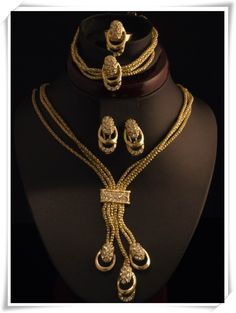 18k Gold Plated Square Simple Design Crystal Jewelry Sets Bridal Jewelry set for Chrismas Gift royal necklace set A404