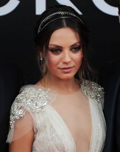 mila kunis friends with benefits moscow premiere