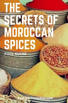 The secrets of Moroccan spices: list and full guide Moroccan Tagine Recipes, Moroccan Dishes, Moroccan Spices, Moroccan Spice Blend, Tajin Recipes, Morrocan Food, Spices List, Spice Mixes, Tips
