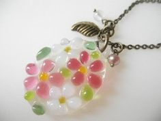 Glass Necklace, Small Bouquet / Pink