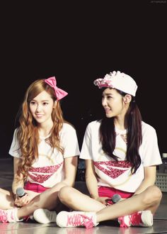 Jessica&Tiffany #snsd #jeti