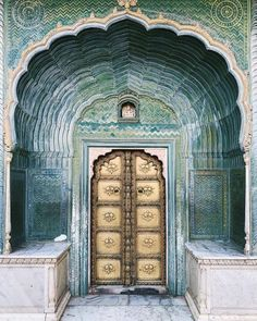 Doors in the inner courtyard of the century City Palace in Jaipur. City Palace Jaipur, The Colony Hotel, Bali Holidays, Go Your Own Way, Tumblr, India Travel, Beautiful World, How To Look Pretty, 18th Century