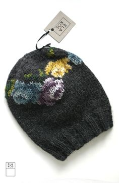 Flower beanie. ELA KOS- knitspiration