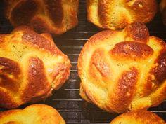 "Paleo Challah ""Bread"" Primal Recipes, Bread Recipes, Real Food Recipes, Gluten Free Recipes, Diet Recipes, Gluten Free Baking, Jewish Recipes, Flour Recipes, Vegetarian Paleo"