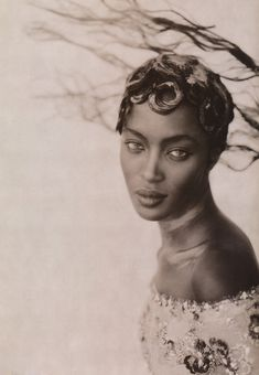 Naomi Campbell by Paolo Roversi Sep 1996