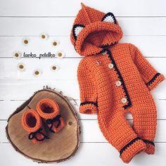 Лето нестабильно в отличие от нас - греем ва... Crochet Baby Clothes, Crochet Baby Hats, Crochet For Kids, Baby Knitting, Booties Crochet, Afghan Crochet Patterns, Baby Patterns, Winter Outfits For Girls, Kids Outfits