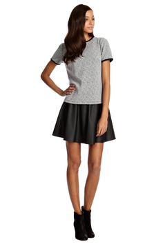 Neuheiten Damenmode online kaufen   Grau Figurnahes T-Shirt aus Tweed   Damenmode   Oasis