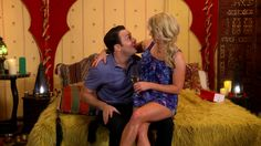 Young & Hungry - Episode 3.02 - Young & Coachella - Promo