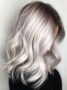 Hair Color Icy California Platinum Hair Lob ❤ Platinum blonde hair is super sexy and so much fun! If you want to get your man's attention, then don't be afraid to go blonde! Silver Grey Hair, Silver Blonde, Grey Platinum Hair, Platinum Blonde Hairstyles, Ash Grey Hair, Ash Hair, Pelo Color Plata, Ombre Hair Color, Ash Blonde Ombre Hair
