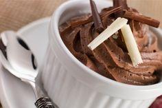 Aprende a hacer un saludable mousse de chocolate