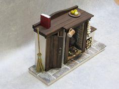 Miniatura de chimenea con apertura de armario puerta - Tudor Medieval casa de muñecas cocina casa rural