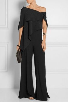 Fashion Off-Shoulder Pure Colour Jumpsuit Fashion Off-Shoulder Jumpsuit in reiner Farbe – Chicgostyle Look Fashion, Womens Fashion, Fashion Tips, Fashion Trends, Feminine Fashion, Suit Fashion, Fashion 2018, Hijab Fashion, Fashion Online