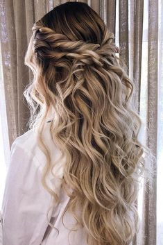 Twisted Blonde Half-Updo Prom Hairstyles ★ It is t. - - Twisted Blonde Half-Updo Prom Hairstyles ★ It is time to start looking throu. Half Updo Hairstyles, Bride Hairstyles, Prom Hairstyles For Long Hair Half Up, Romantic Hairstyles, Formal Hairstyles Down, Gorgeous Hairstyles, Messy Wedding Hairstyles, Hairstyle Ideas, Hairdos