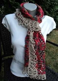 Columbia Scarf Pattern. Click: http://www.craftsy.com/pattern/crocheting/accessory/columbia-scarf-/37101