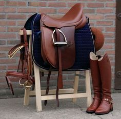 Brown equipment – Dalia Brown equipment – Dalia – – Equipement Marron Brown equipment - Art Of Equitation Equestrian Boots, Equestrian Outfits, Equestrian Style, Equestrian Problems, English Horse Tack, English Saddle Pads, Dressage Saddle, Dressage Horses, Draft Horses