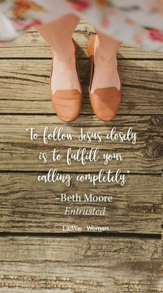 We love the latest Beth Moore study, Entrusted. We love what Beth gleans from 2 Timothy about mission and mentoring. We love how the study inspires us to fulfill our […] Entrusted Beth Moore, Beth Moore Quotes, Encouraging Quotes For Women, Priscilla Shirer, Women Lifting, Bible Verse Wallpaper, New Bible, 2 Timothy, Godly Woman