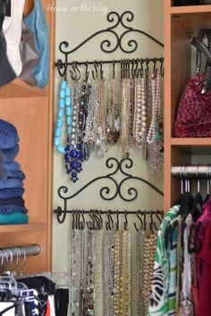 Use proven Closet Organization hacks to setup your master closet. These Closet Organization hacks can help you to de-clutter your home. Do It Yourself Organization, Closet Organization, Jewelry Organization, Closet Storage, Storage Hooks, Kitchen Organization, Tank Top Organization, Closet Bar, Diy Hooks