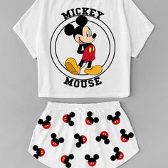 Read Pijamas from the story Blenda - Roupas by Nicky_Lodge (Nicolly Lodge) with 986 reads. Cute Disney Outfits, Cute Lazy Outfits, Teenage Outfits, Teen Fashion Outfits, Outfits For Teens, Trendy Outfits, Girl Fashion, Cute Pajama Sets, Cute Pjs