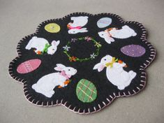 MAIL To You Pattern: Bunny and Egg Penny Rug, Spring / Easter Decoration Easter, Spring Holiday Pattern for Wool or Wool Felt Penny Rug Patterns, Wool Applique Patterns, Pdf Sewing Patterns, Craft Patterns, Embroidery Patterns, Knitting Patterns, Felted Wool Crafts, Felt Crafts, Easter Crafts
