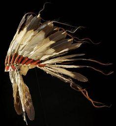 Sioux war bonnet.