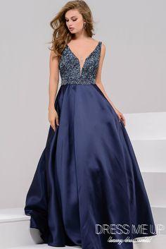 e78e0b818b O melhor aluguel de vestidos de festa e acessórios de Curitiba. Azul Marinho  Princesa!