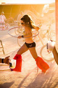 On Black: Burning Man 2008 by ninjaonmoss [Medium] Festival Looks, Festival Wear, Festival Outfits, Festival Fashion, Festival Style, Burning Man Girls, Burning Man Art, Burning Man Fashion, Burning Man Outfits