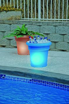 What better way to spend an evening, by the pool with a cold drink and ambient lighting too!