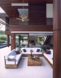 Nadire Atas on Bella Casa Design Home Interior Design, Exterior Design, Interior And Exterior, My Dream Home, Modern Architecture, Beautiful Homes, House Plans, Furniture Design, New Homes