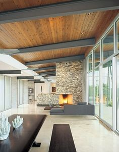 Modern compound in Texas hill country: Trahan Ranch designed.-Modern compound in Texas hill country: Trahan Ranch designed by Patrick Tighe Ar… Modern compound in Texas hill country: Trahan Ranch designed by Patrick Tighe Architecture - Timber Ceiling, Wooden Ceilings, Metal Ceiling, Black Ceiling, Ceiling Wood Design, Wood Celing, Painted Wood Ceiling, Paint Ceiling, Beamed Ceilings