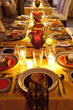 "Lorianne 's african wedding decor table settings Photo. Pinned in ""African recipes"" . See the bigger picture! African Party Theme, African Wedding Theme, African Weddings, Traditional Wedding Decor, African Traditional Wedding, Traditional Art, African Interior, African Home Decor, Deco Restaurant"