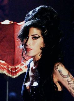 "amywinehousedevotee: ""why sooo beautiful whyyyy "" Amy Winehouse, Amazing Amy, Blue Song, Sanaa Lathan, Toni Braxton, Courtney Love, Celebrity Babies, Her Music, Michelle Obama"