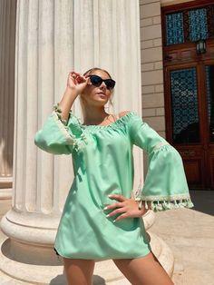 BLUZA DAMA PE UMERI MINT #vara #bluze #summer #fashion #style #fashioninspiration Cover Up, Mint, Dresses, Summer, Style, Fashion, Vestidos, Swag, Moda