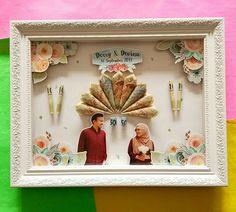 34 Ideas wedding invitations diy handmade paper for 2019 Wedding Invitations Diy Handmade, Fun Wedding Invitations, Diy Invitations, Pop Up Frame, Diy Frame, Wedding Ring Box, Card Box Wedding, Fun Crafts For Kids, Diy Home Crafts