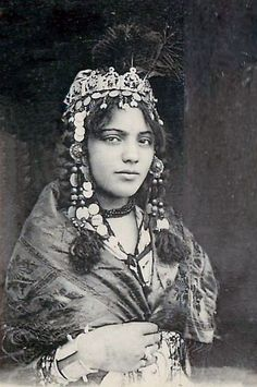 North Africa - Algeria - Berber woman