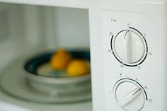 3 ways to clean your microwave